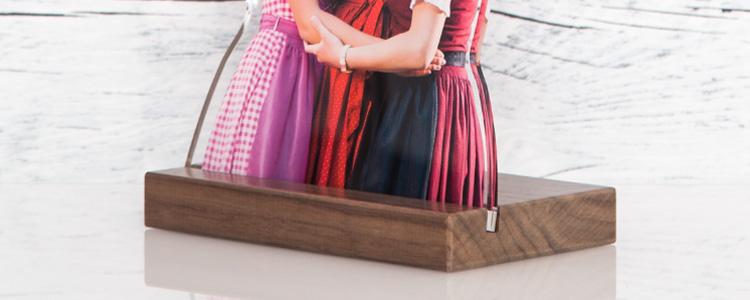 Motivsockel aus Holz zum Aufstellen der Fotofigur
